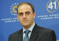 Narmania presents his election program